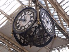 London Waterloo Station - clock by ell brown, via Flickr