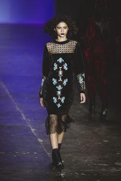 SPFW / PAT BO / PATRICIA BONALDI / veludo, velvet dress, party dress | ph: Jefferson Souza