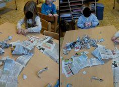 Experimenteren met kranten. Scheuren, plooien, proppen maken, rolletjes, oprollen, ...