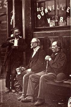1876 ENGLAND London Street