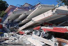 Haiti Earthquake by the American Red Cross Earthquake Damage, Earthquake And Tsunami, Haiti 2010, San Francisco Earthquake, Port Au Prince, Extreme Weather, Natural Disasters, Planet Earth, Mother Nature