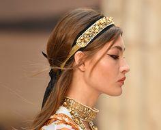 Chanel, suas deusas gregas e os detalhes apaixonantes da coleção cruise 2018! - Garotas Estúpidas - Garotas Estúpidas
