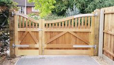 Wood gates For Driveways | Gates Suffolk