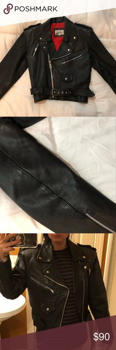 """Vintage Black """"The Leather Warehouse"""" moto jacket beautiful vintage black leather in great condition with one minor white mark, zippers all over with an oversized fit tags: #jacket #leather #moto #leatherjacket the leather wearhouse Jackets & Coats"""