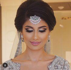 Roshini Daswani's 8 Wedding Looks! - Album on Imgur