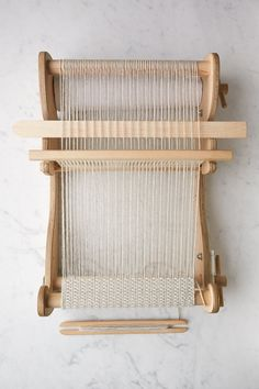 Our woven Weft Floats Scarf may look complicated with its striking waffle weave and precise design, but this lovely scarf is anything but… Weaving Loom Diy, Weaving Tools, Weaving Projects, Weaving Textiles, Weaving Patterns, Tapestry Weaving, Cricket Loom, Blackwork Patterns, Purl Soho