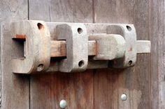 How to Make Wooden Hinges