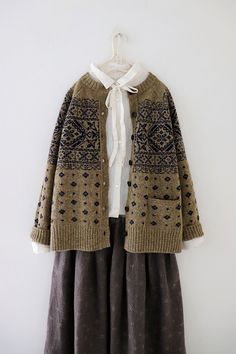 Larnier Garten LARNIE Vintage & Zakka - cloding edu - Vintage Muslim Fashion, Modest Fashion, Hijab Fashion, Korean Fashion, Fashion Outfits, Fashion Moda, Girl Fashion, Womens Fashion, Fairy Clothes