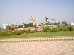 Apmrapali Hemisphere in Noida. The best thing about Pari Chowk is its well-planned development.