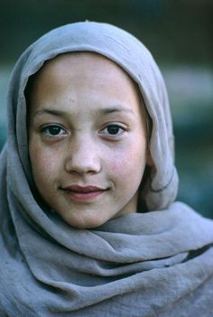 hazelnut-lover: AFGHANISTAN. 1969.By -Eve Arnold