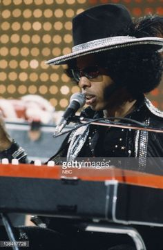 View and license Sly And The Family Stone pictures & news photos from Getty Images. Black History Month Quotes, Sly Stone, The Family Stone, Vintage Black Glamour, People Icon, Old School Music, Stone Pictures, Recorder Music, Soul Music