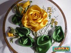 As rosas amarelas.  Fitas Bordados