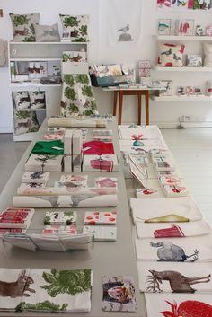 Exhibición objetos planos y telas, Thornback & Peel, London