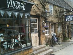 In Stow on the Wold, GLOUCESTERSHIRE is Vintage & paint a terrific shop selling country cottage style vintage with urban warehouse- particularly great theatre lighting