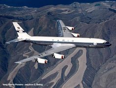 Vintage Varig Boeing 707 | ✈ Follow civil aviation on AerialTimes. Visit our boards on pinterest.com/aerialtimes or like us on www.facebook.com/aerialtimes