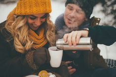 Ideas travel couple photography love for 2019 Winter Photography, Creative Photography, Couple Photography, Travel Photography, Looking For A Relationship, Love Store, Winter Love, Winter Photos, Couple Shoot