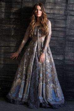 Show details for Naf-81 Trendy Dresses, Elegant Dresses, Fashion Dresses, Fashion Clothes, Indian Gowns Dresses, Pakistani Dresses, Indian Wedding Outfits, Indian Outfits, Indian Designer Outfits