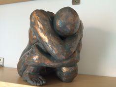 sculpture en grès patinée