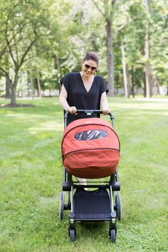 Loving the @WhatCybexLoves Priam stroller's sleek, mod design! #PNpartner