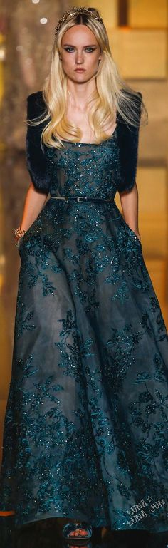 Elie Saab Fall 2015 Couture - this colour is great for winter really warm and rich Beautiful Gowns, Beautiful Outfits, Couture Fashion, Runway Fashion, Couture 2015, Elie Saab Couture, Dress Vestidos, Estilo Fashion, Designer Gowns
