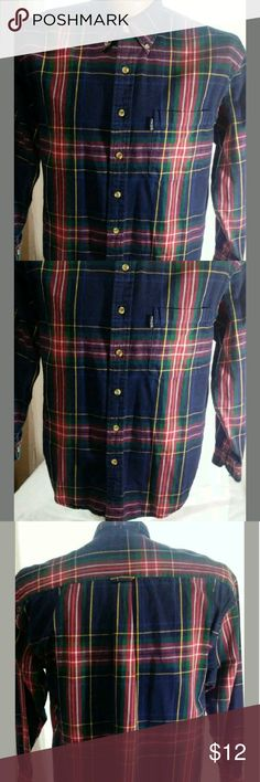Izod Thick Cotton Shirt Medium Good condition.  No stains or holes. Shirts Casual Button Down Shirts