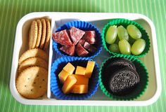 Packing Your Kids' Lunch: Bento Box Fun {DIY Lunchables}
