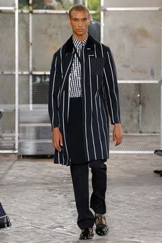 http://www.style.com/slideshows/fashion-shows/spring-2016-menswear/givenchy/collection/40