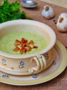 A kerti veteményes még mindig ontja a cukkiniket. Soup Recipes, Diet Recipes, Vegan Recipes, Cooking Recipes, Eat Pray Love, Healthy Food Options, Hungarian Recipes, Food 52, Diabetic Recipes