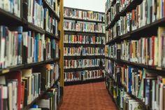 Colección de libros que todo pedagogo debe leer