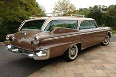 1960 Dodge Polara station wagon---Dodge only built of these 9 passenger seater) cars in Very rare and hard to find now. Dodge Wagon, Dodge Power Wagon, Dodge Trucks, Chrysler Voyager, Ford Galaxie, Dodge Dart, Valiant Acapulco, Vintage Cars, Antique Cars