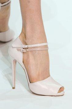 Elie Saab - perfect white high heel shoe. www.missKrizia.com