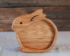 Wooden plate kids plate plate for kids baby gift wooden Kids Plates, Baby Plates, Cnc Projects, Woodworking Projects, Baby Gifts, Baby Shower Gifts, Animal Plates, Acorn And Oak, Wooden Plates