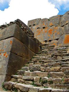 Huge, tightly-fitted Incan stone walls at Ollantaytambo, Peru. #travel