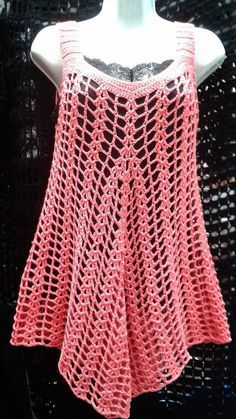 there is a link for several summer knit tops and dresses. NOT CROCHET, but will try to replicate this summer. would assume is finger weight yarnCrochet tunic (bathing suit cover-up?This Pin was discovered by best ideas about summer knitting pro Débardeurs Au Crochet, Mode Crochet, Crochet Cover Up, Crochet Tunic, Crochet Woman, Crochet Clothes, Freeform Crochet, Crochet Dresses, Crochet Summer Tops