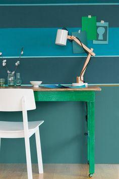 """Teintes """"Eucalyptus, Bleu Paon et Eau de source, Collection Crème de Couleur , 18,90 euros le pot de 0,5 L, Dulux Valentine."""