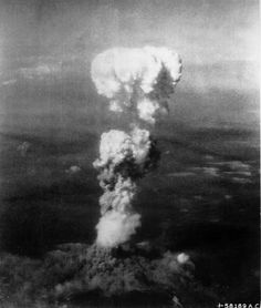 Why Did the United States Bomb Hiroshima and Nagasaki?: At the time this photo was made, smoke billowed feet above Hiroshima while smoke from the burst of the first atomic bomb had spread over feet on the target at the base of the rising column. Nagasaki, Hiroshima Japan, Atomic Bomb Hiroshima, First Atomic Bomb, Bomba Nuclear, Hiroshima Bombing, Enola Gay, Mushroom Cloud, World History