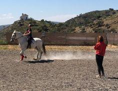 Nuestra Isabel, Centro Hípico La Sierra. 🏇 #Centrohípico donde se imparten clases de #equitación de todos los niveles con especialización en doma clásica, #rutasacaballo, pupilaje, monta de #caballos y preparación de caballos para competición.