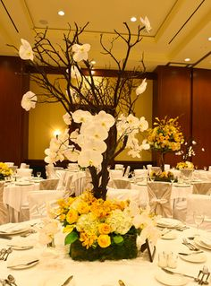 elegant and large center piece! Yellow reception wedding flowers,  wedding decor, wedding flower centerpiece, wedding flower arrangement, add pic source on comment and we will update it. www.myfloweraffair.com can create this beautiful wedding flower look.