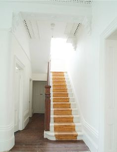 Painted sides of stairs to create the illusion of a runner. The paint is not where the feet will always hit and rub away! Dark Staircase, Painted Stairs, Wood Stairs, Painted Wood, Cottage Style Homes, Interior Stairs, House Entrance, Inspired Homes, Architecture