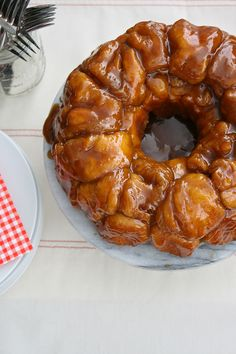5-Ingredient Sticky Toffee Monkey Bread...used boiled custard instead of heavy cream & added pecans