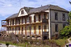 Inaugurado pelo rei D. Carlos I (1907), o Sanatório Sousa Martins foi o primeiro instituído pela Assistência Nacional aos Tuberculosos (rainha D. Amélia).