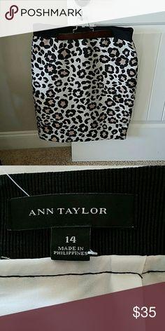 Ann Taylor Leopard print pencil skirt Leopard print pencil skirt elastic waist. Zip close in the back Ann Taylor Skirts Pencil