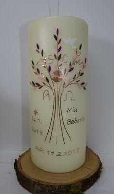 Taufkerze mit Lebensbaum von mac-kunst in Kupfer, rose und brombeer Tönen.