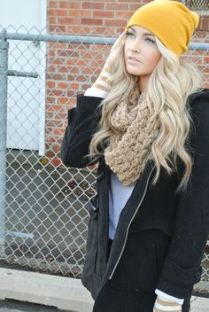 Beachy waves with a slouchy hat... Big scarf