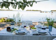 Hyvää juhannusta! Happy Midsummer! ***  Juhannuksen rento menu - poimi helpot vinkit! – Ruoka.fi