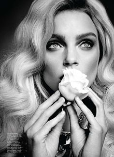 Fashion pictures or video of Jessica Stam: Flare, September in the fashion photography channel 'Photo Shoots'. Jessica Stam, Steven Meisel, Editorial Hair, Editorial Fashion, Delphine Manivet, Canadian Models, Black And White Portraits, Poses, Mannequins