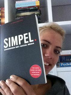 Sabrina @SabrinaLoont     #simpel