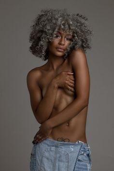 Beautiful Grey Curly Afro And A Shapely Ebony Lady! Curly Hair Styles, Natural Hair Styles, Natural Beauty, Pelo Natural, My Black Is Beautiful, Afro Hairstyles, Gray Hairstyles, Brown Skin, About Hair