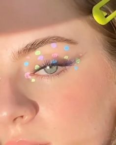 Indie Makeup, Edgy Makeup, Makeup Eye Looks, Eye Makeup Art, Colorful Eye Makeup, Crazy Makeup, Cute Makeup, Skin Makeup, Retro Eye Makeup