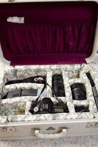 make your own vintage suitcase into a DSLR case!